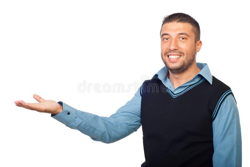 Hombre de negocios sonriente que hace la presentación imagenes de archivo