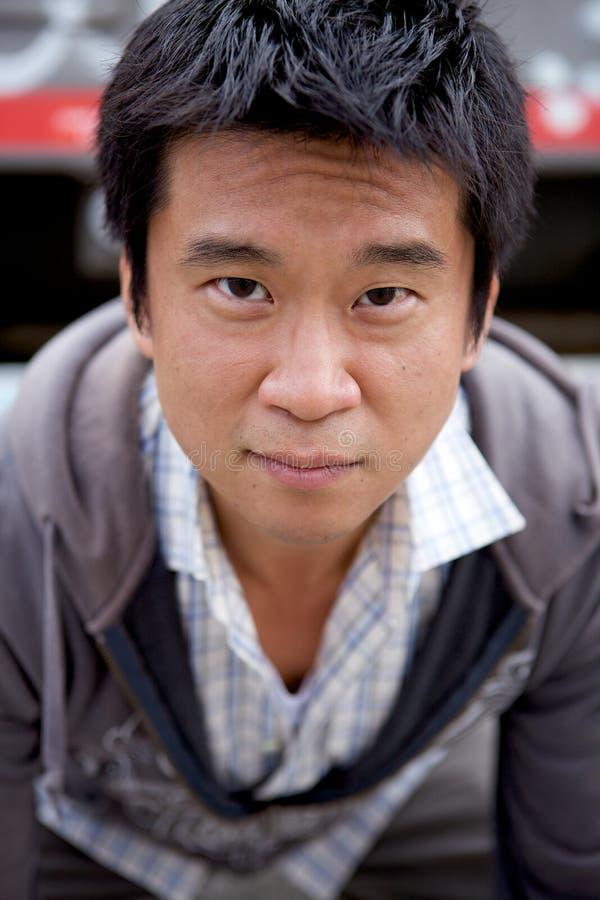 Hombre del asiático de Interestng foto de archivo