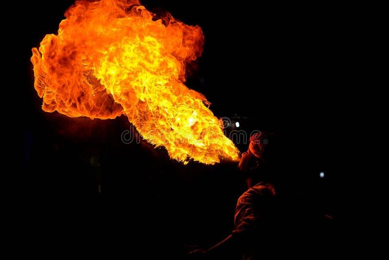 Hombre del fuego imagen de archivo