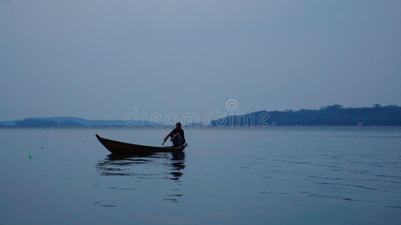 Hombre del río fotos de archivo