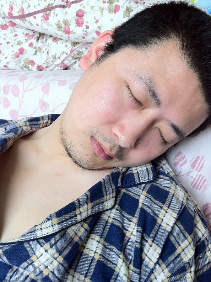 Hombre durmiente