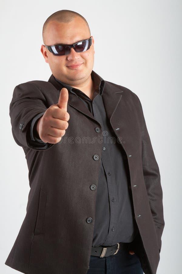 Hombre en negro fotos de archivo libres de regalías