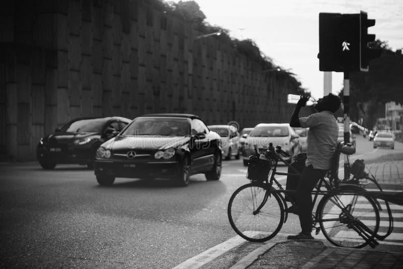 hombre en Petaling Jaya imagenes de archivo