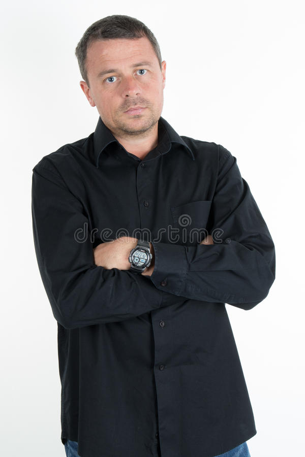 Hombre encantador con la camisa negra imágenes de archivo libres de regalías