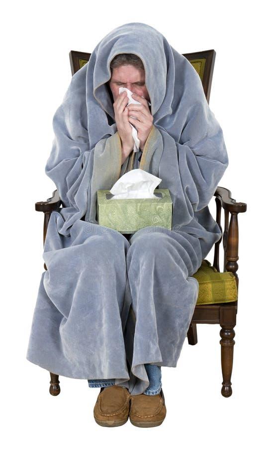 Hombre enfermo con la tos, frío, gripe aislada imagen de archivo