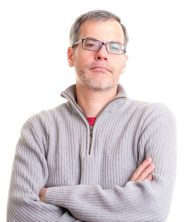 Hombre envejecido centro con los brazos plegables fotos de archivo libres de regalías