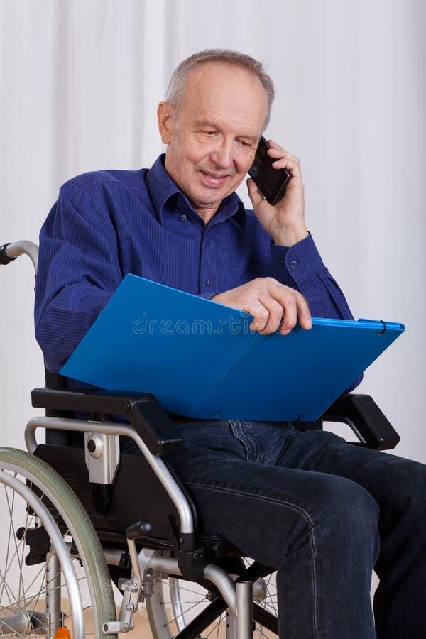 Hombre feliz, discapacitado imágenes de archivo libres de regalías