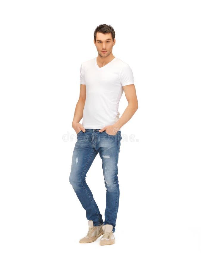 Hombre hermoso en la camisa blanca imagen de archivo libre de regalías