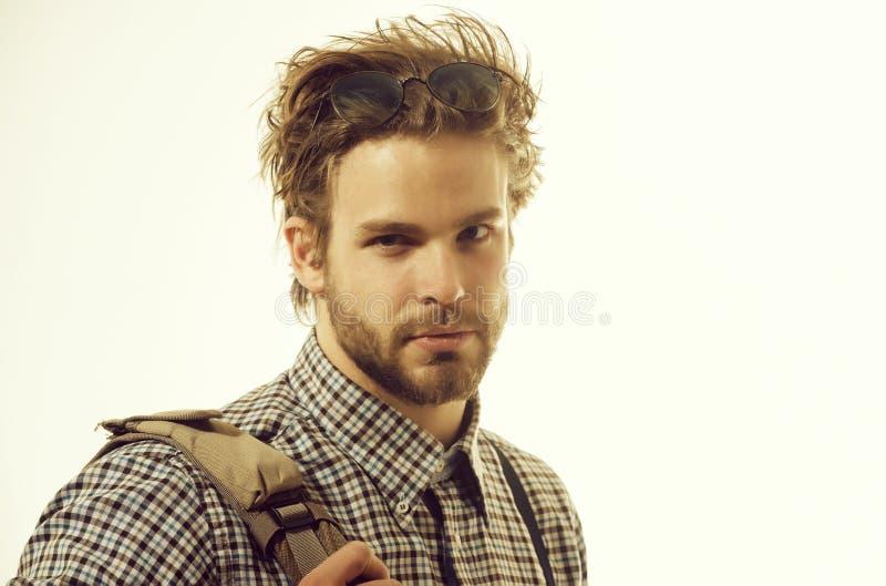 Hombre hermoso o estudiante elegante en vidrios del empollón en la cabeza fotos de archivo