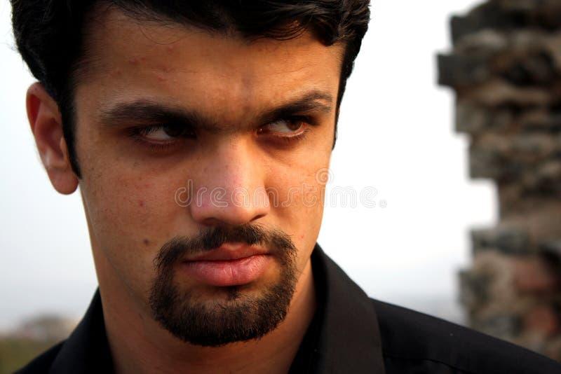 Hombre indio enojado imagen de archivo libre de regalías