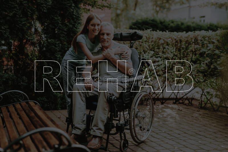 Hombre inválido de la rehabilitación del collage con aire libre de la hija imagen de archivo