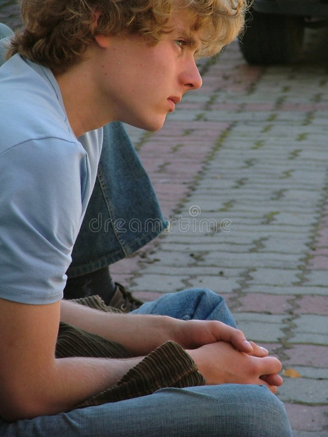 Download Hombre joven foto de archivo. Imagen de pensativo, erudito - 177658