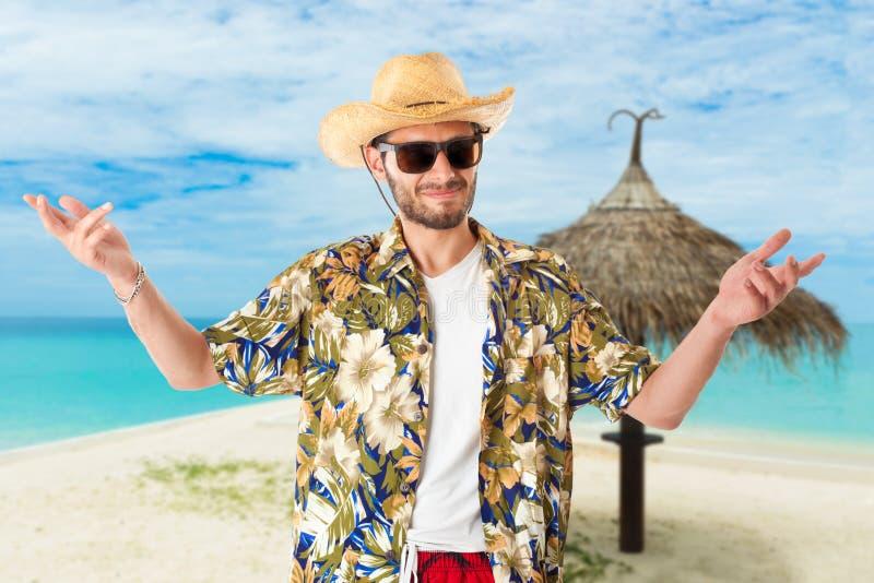 Hombre joven el vacaciones imagen de archivo