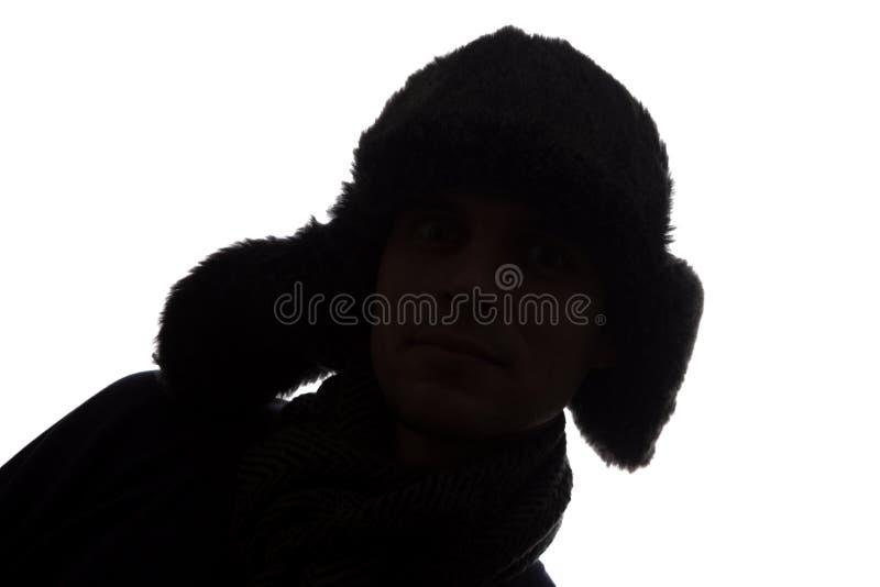 Hombre joven en look ahead del sombrero - silueta horizontal imagen de archivo libre de regalías