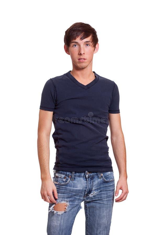 Hombre joven en una camisa azul fotos de archivo
