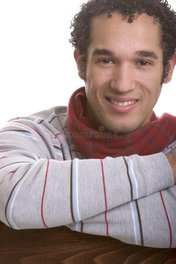 Hombre joven sonriente foto de archivo