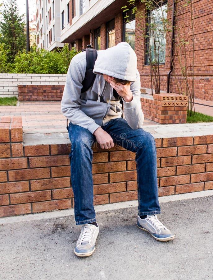 Hombre joven triste fotografía de archivo libre de regalías