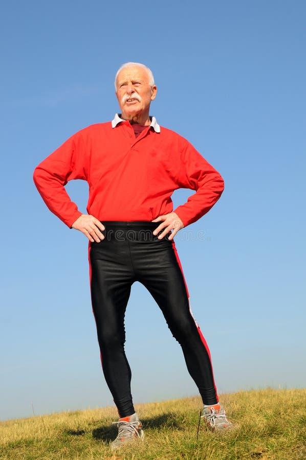 Hombre mayor atlético foto de archivo libre de regalías