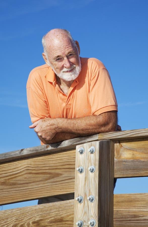 Hombre mayor atractivo sano imagen de archivo
