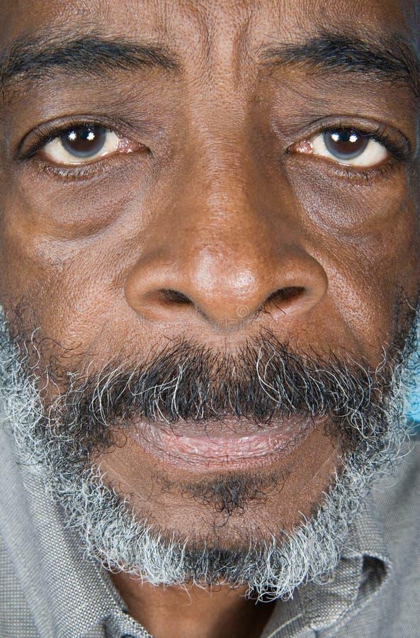 Hombre mayor del afroamericano fotos de archivo