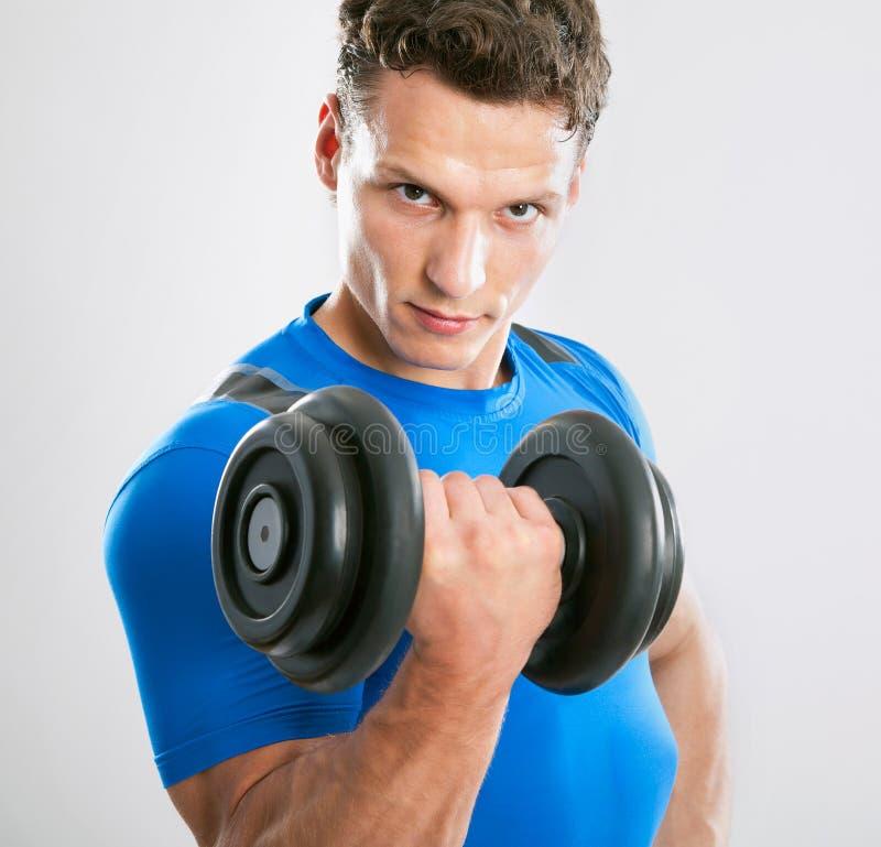 Hombre muscular apto fotos de archivo