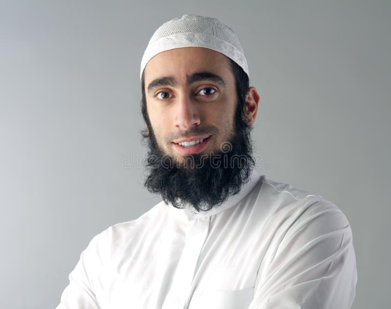 Hombre musulmán árabe con la sonrisa de la barba fotos de archivo
