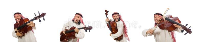 Hombre ?rabe que toca el instrumento musical fotos de archivo libres de regalías