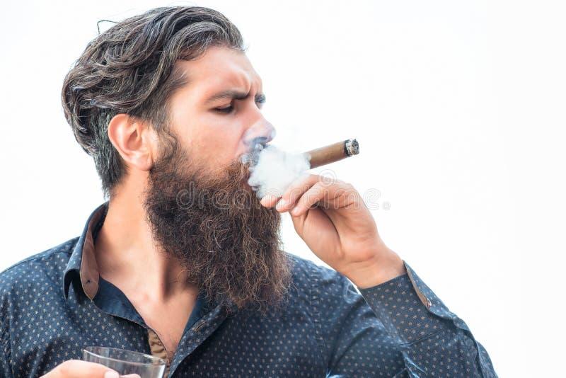 Hombre rico duro con el cigarro fotos de archivo