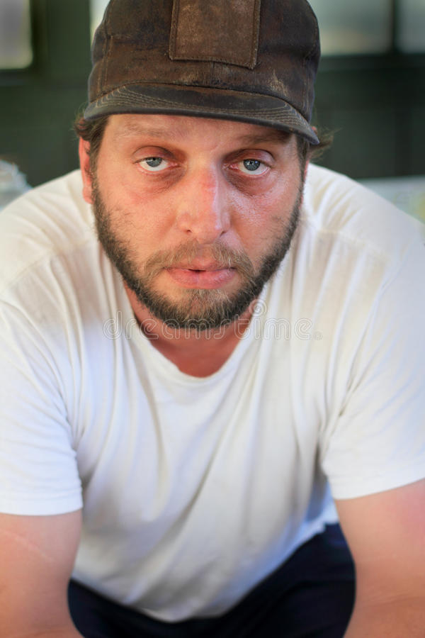 Hombre sin afeitar fotografía de archivo