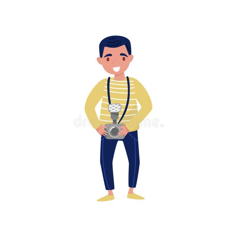 Hombre sonriente joven con la cámara a disposición Profesional en el trabajo Personaje de dibujos animados del diseño plano del v stock de ilustración