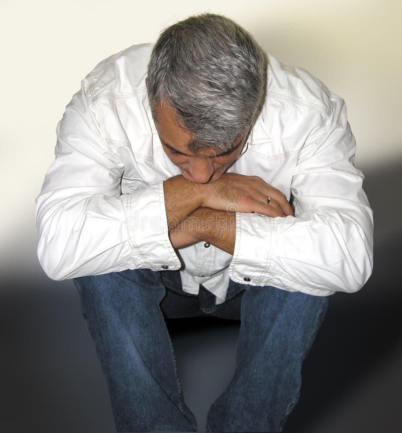 Hombre tensionado foto de archivo