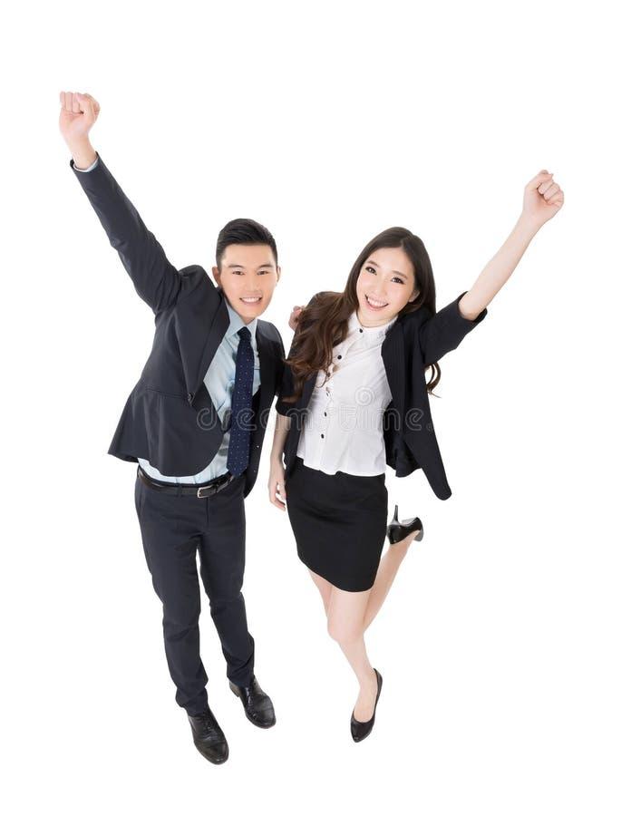 Hombre y mujer emocionantes de negocios fotografía de archivo libre de regalías
