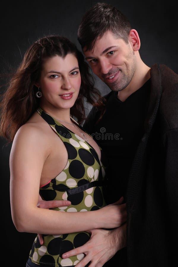 Hombre y mujer felices junto fotos de archivo