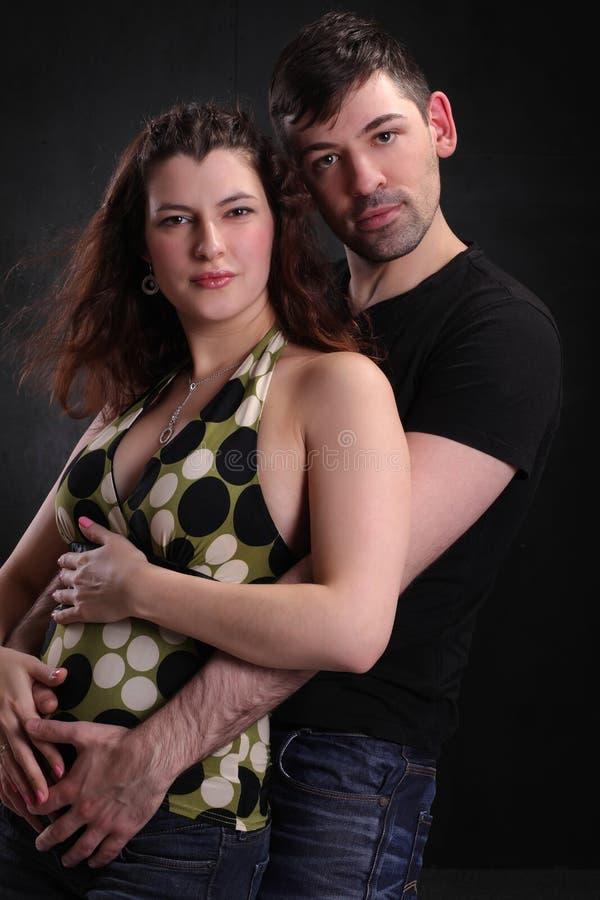 Hombre y mujer felices junto imagen de archivo libre de regalías
