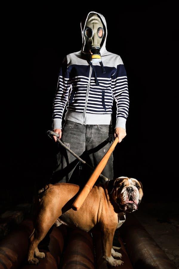 Hombre y perro imágenes de archivo libres de regalías