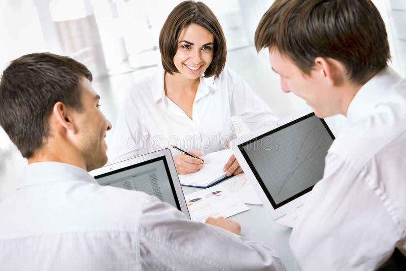 Download Hombres de negocios imagen de archivo. Imagen de profesional - 42430123