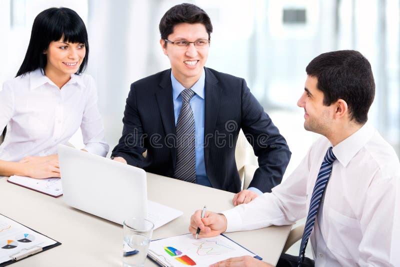 Download Hombres de negocios imagen de archivo. Imagen de businesswoman - 42430785