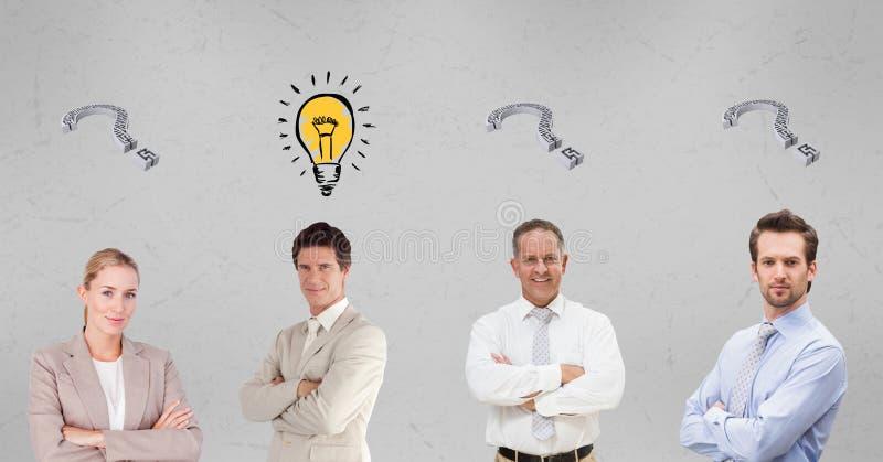 Hombres de negocios confiados con las muestras del signo de interrogación y de la bombilla libre illustration