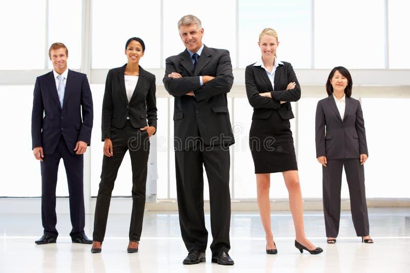 Hombres de negocios confidentes fotos de archivo
