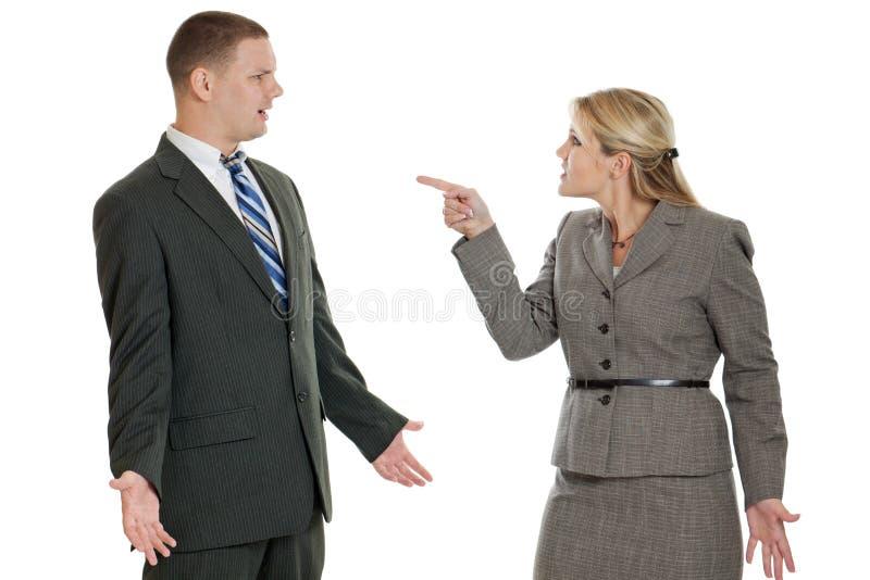 Hombres de negocios de la discusión aislada en blanco imagen de archivo libre de regalías
