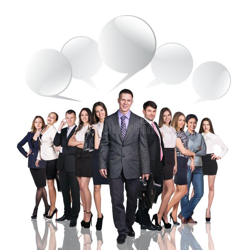 Hombres de negocios que hablan con las burbujas del diálogo libre illustration