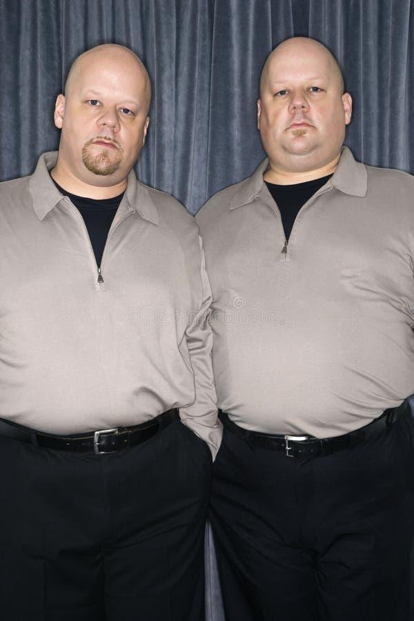 Hombres del gemelo idéntico. foto de archivo libre de regalías