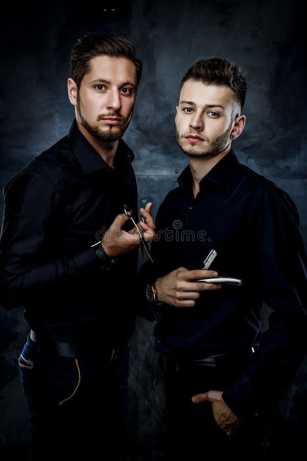 Hombres hermosos jovenes imagen de archivo libre de regalías