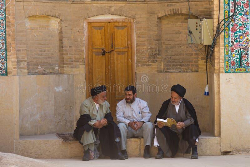 Hombres religiosos en Shiraz, Irán imagenes de archivo