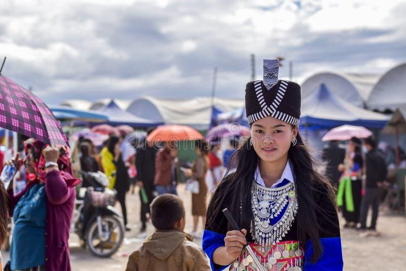 Hombres y mujeres de Hmong fotografía de archivo