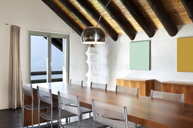 HOME da montanha, tabela de jantar imagens de stock royalty free