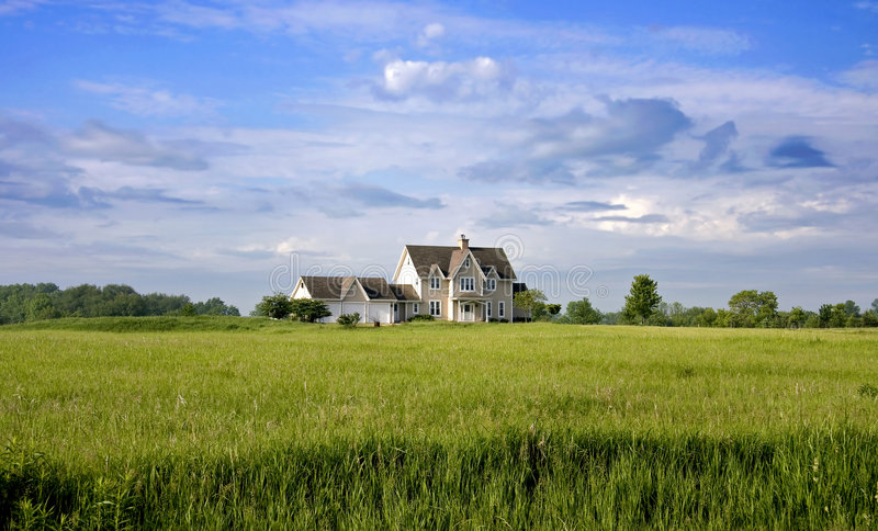 HOME do país com terra foto de stock royalty free