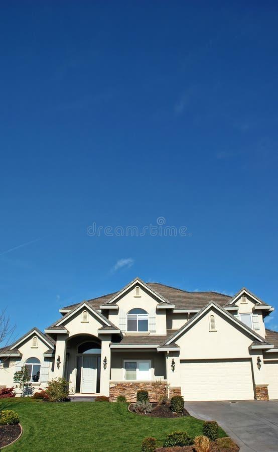 Download HOME exclusiva imagem de stock. Imagem de azul, residência - 538569