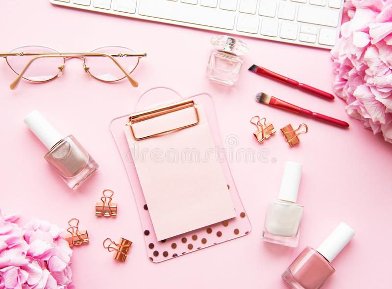 Home feminine desk imagens de stock royalty free