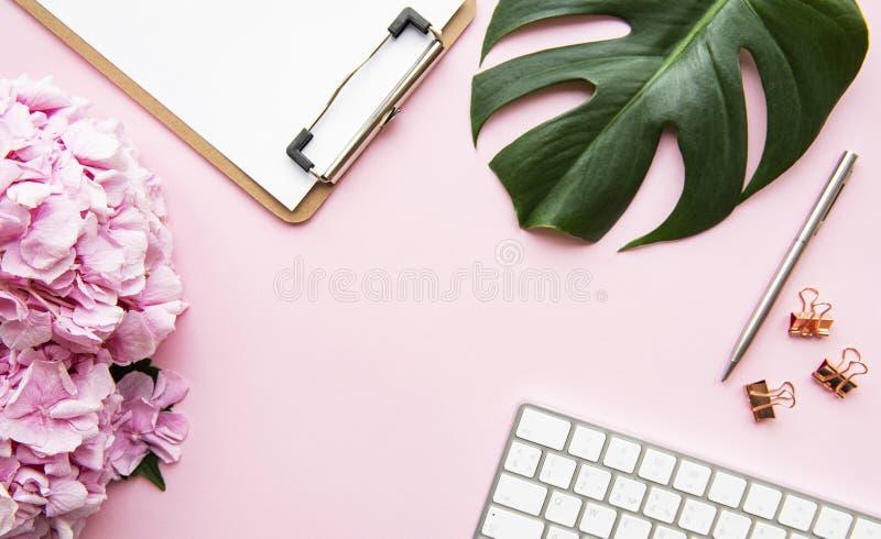 Home Feminine Desk fotos de stock